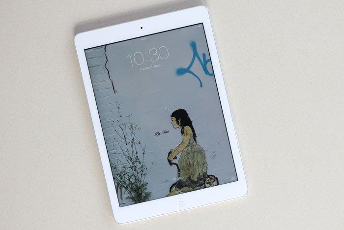 Be Free Street Art free iPad wallpaper